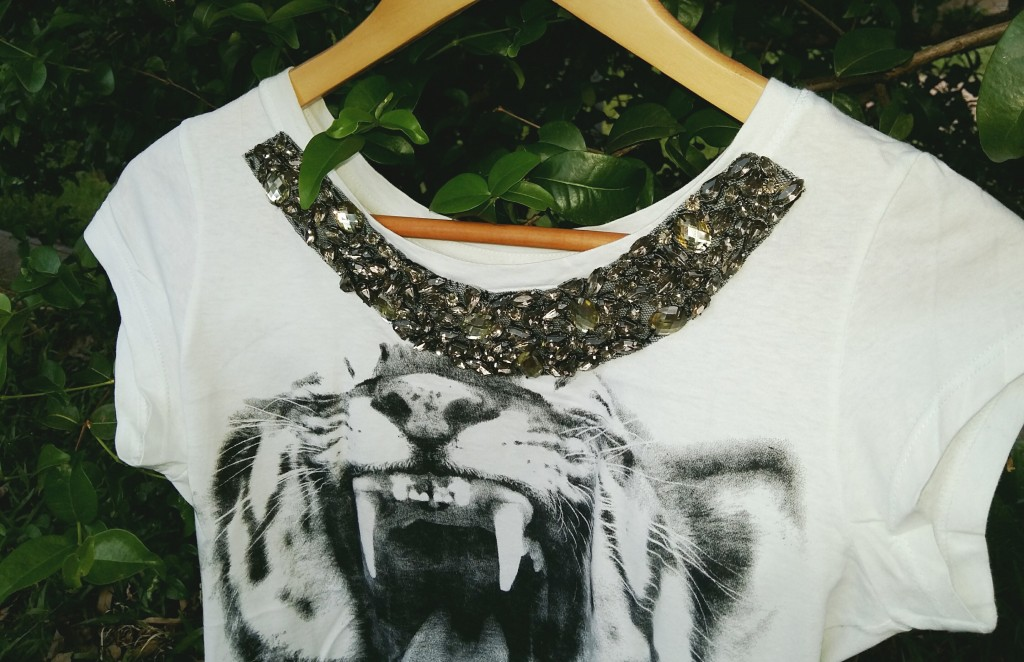 detalhe camiseta tigre